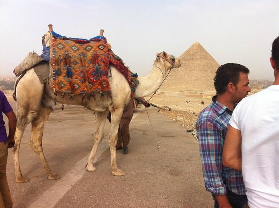 Great Pyramid of Cheops (Khufu): The great pyramid