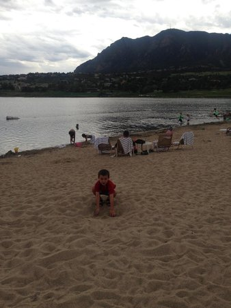 Cheyenne Mountain Resort Colorado Springs, A Dolce Resort: Beach