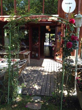 Restaurant Iroko Grill's : la terrasse couverte