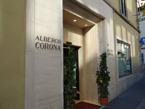 Hotel Corona D'Italia: Front