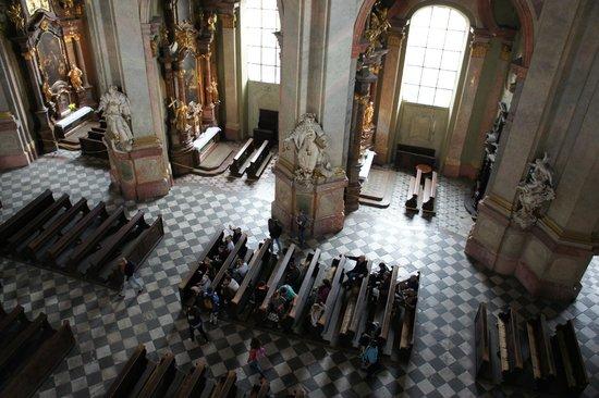 St.-Nikolaus-Kirche (Kostel sv. Mikuláše): vue depuis l'étage