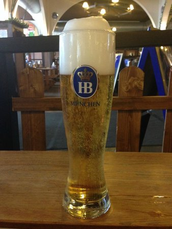 Hofbrau Munchen Berlin: Crystal beer at 5.4% is the best one
