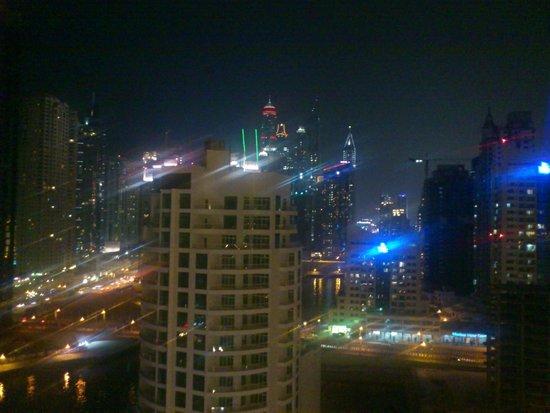 Address Dubai Marina: marina side