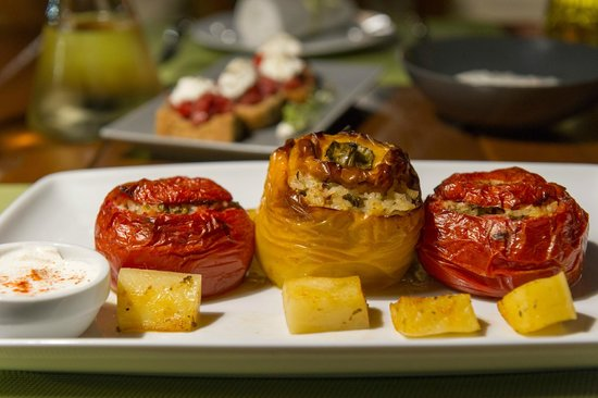 Mama's Dinner Restaurant: Mama's stuffed vegetables with rice
