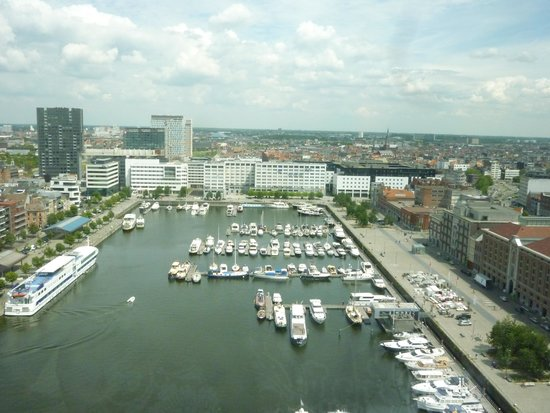 Antwerp's Port: MAS