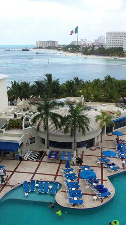 Occidental Costa Cancun: View from our balcony