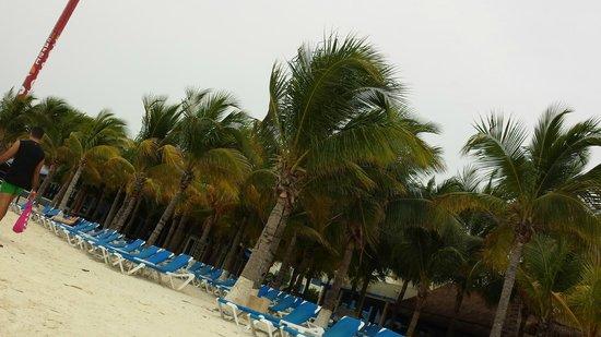 Occidental Costa Cancun: Beach