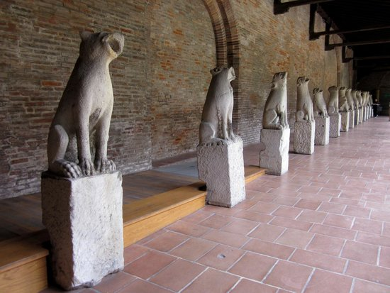 Musee des Augustins: Grounded Gargoyles