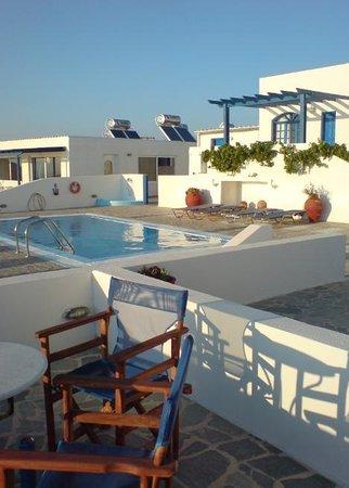 Gizis Exclusive: Santorini / Gizis hotel