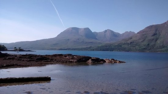 The Torridon Inn : scenery arounf