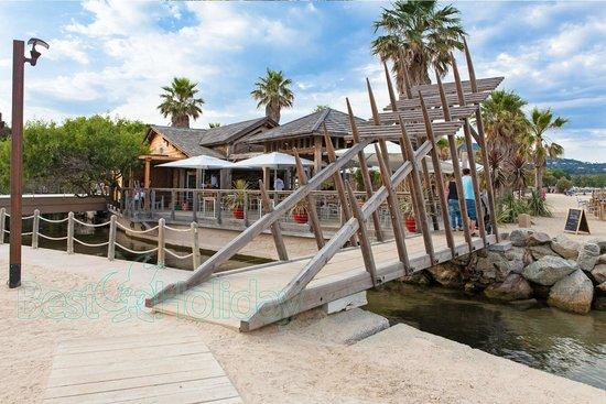 Best Holiday Resort: Beach