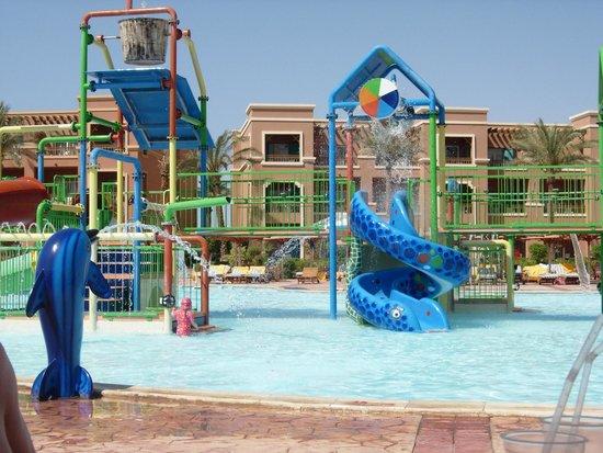 Charmillion Club Aqua Park: kids area