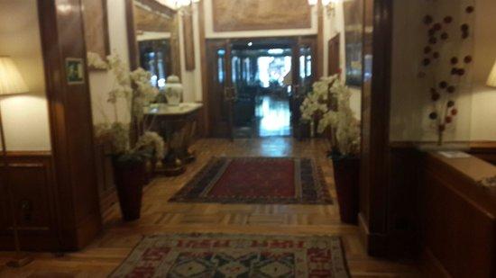 Gran Hotel Velazquez: salinos
