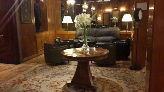 Gran Hotel Velazquez : salon