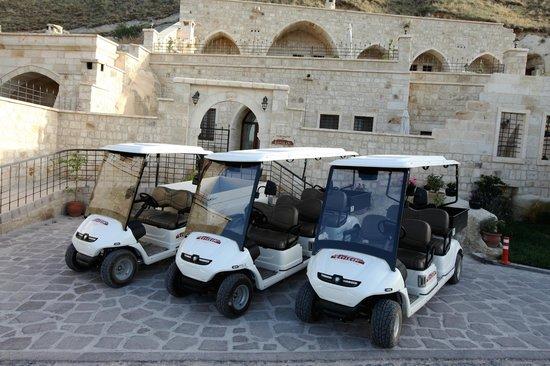 Kayakapi Premium Caves - Cappadocia: Golf Cars for Shuttle