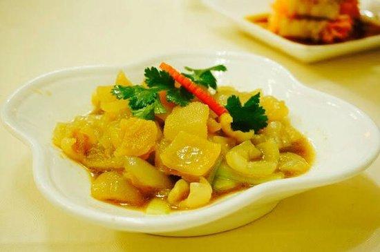 Barshu Restaurant : Jellyfish ribbons in dark Chinese vinegar