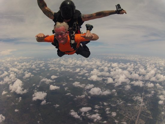 Skydive Space Center : We're flying!