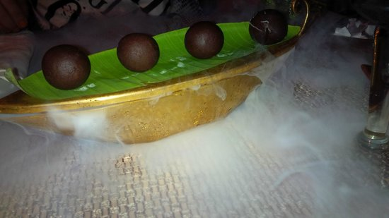 The Rice Boat: chocolate balls