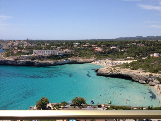 Hotel Globales America: Our view! Amazing!