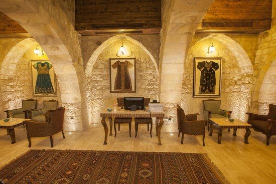 Kayakapi Premium Caves - Cappadocia: Cangir Lounge