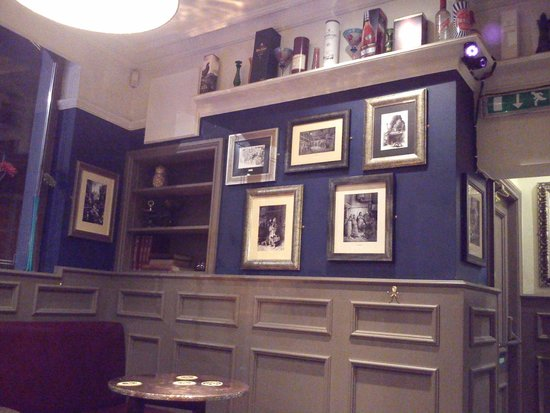 Town Hall Tavern: interno del pub