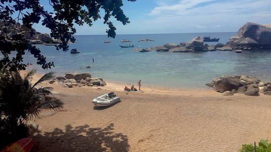 Ao Tanot Bay: Ao Tanote: on the beach