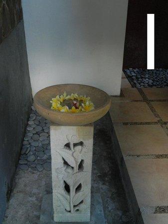 Bali Merita Villa & Spa : Bath Detail 1