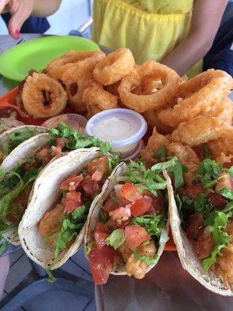 El Gato Pescador: Fish Taco Feast fit for three