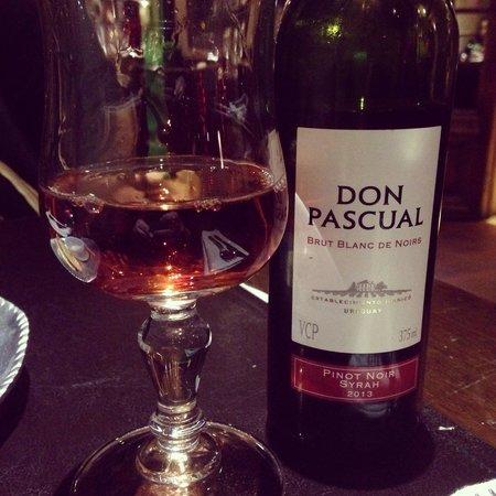 Locos De Asar: Vinho uruguaio rosé Don Pascual, muito bom!