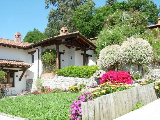 Alojamientos Rurales El Corberu: Apartamentos Rurales La Guertona