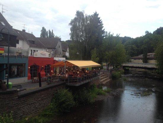 Taverne SAMOS: Aussenansicht Terrasse