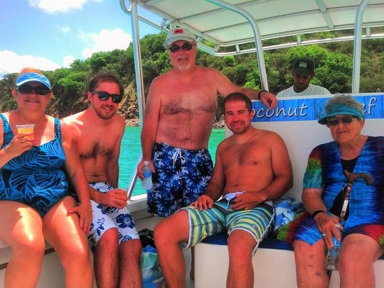 Coconut Reef Power Boat & Snorkelling Tours: Our family on the snorkel trip