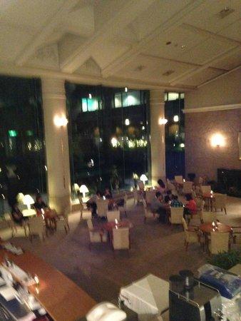 Hotel Cypress Karuizawa: 大廳BAR