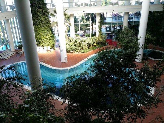 Pine Bay Holiday Resort: Innere Pool