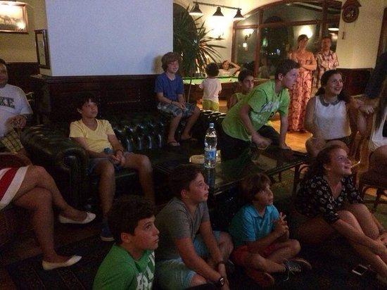 SENTIDO Palm Royale : Watching World Cup