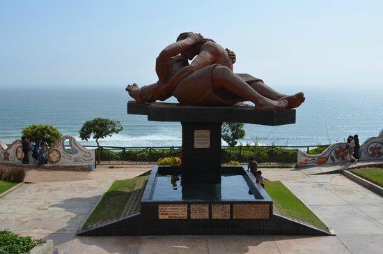 Monumento del Parque del Amor