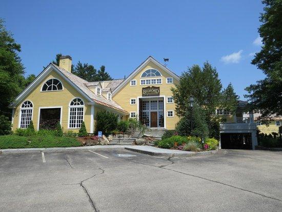 Bedford Village Inn: BVI front