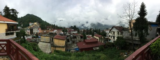 Victoria Sapa Resort and Spa: View from front of hotel