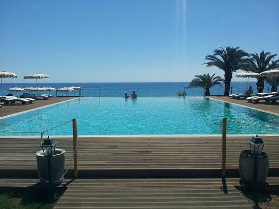 La Villa del Re - Adults Only Hotel: Piscina sul mare