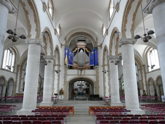Portsmouth Cathedral: Inside the cathedral