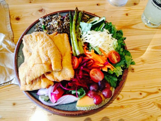 Angry Trout Cafe: Lake Superior White Fish
