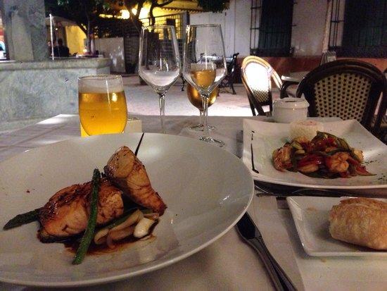 Gala Restaurant: Salmon