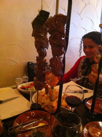 Virgilio's Pizzeria & Portugese Grill: beef and king prawn