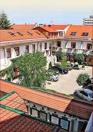 Hotel Talizman: Entrance