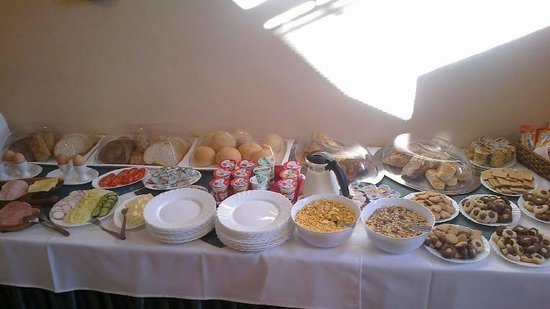 Hotel Talizman: Breakfast