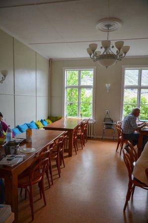 Seydisfjordur Hostel Hafaldan: Dining area