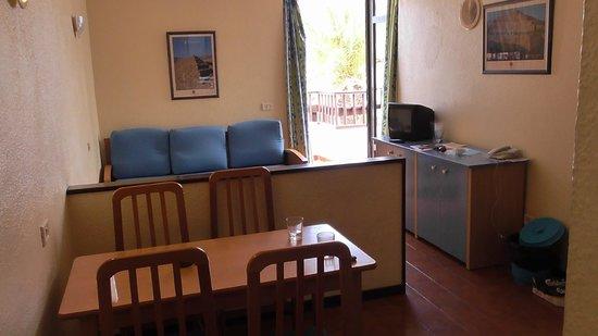 Paraiso del Sol Apartments : lounge area