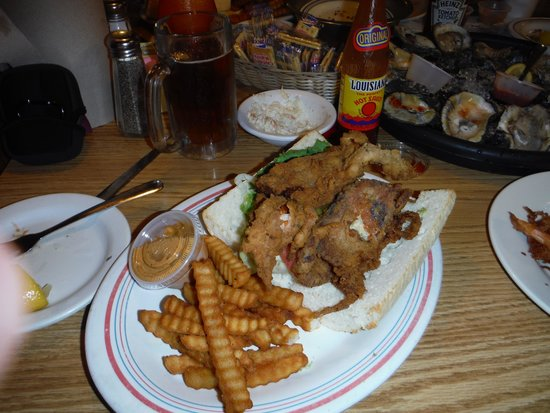 King Neptune's Seafood Restaurant : Soft Shell Crab Po'Boy