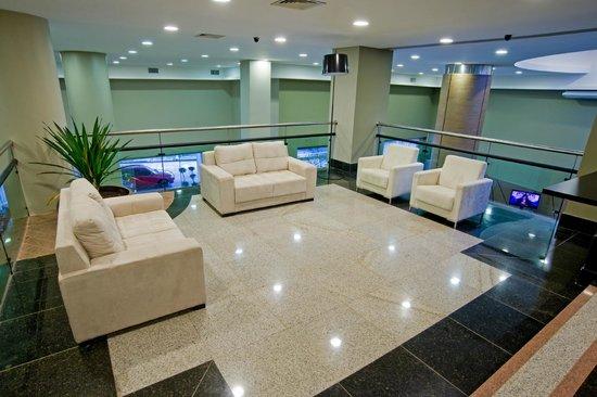 Wyndham Golden Foz Suites: Foyer de eventos