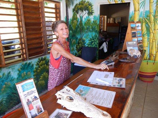 Anjiamarango Beach Resort: Monique at Check-in desk